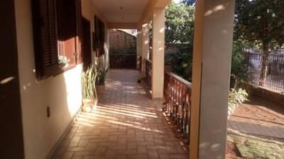 Casa de 311,00m²,  à venda