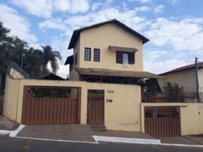 Casa de 255,00m²,  à venda