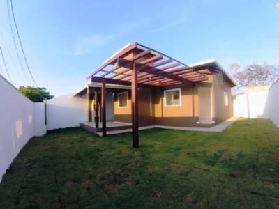 Casa de 82,00m²,  à venda
