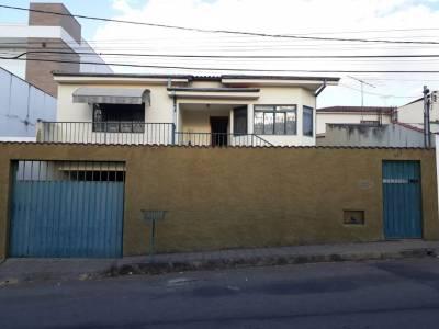 Casa de 137,43m²,  à venda