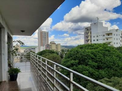 Apartamento de 325,00m²,  à venda