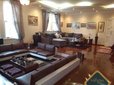 Casa de 455,00m²,  à venda