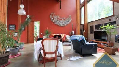 Casa em condomínio de 268,00m²,  à venda