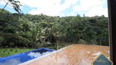 Casa em condomínio de 315,75m²,  à venda
