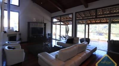 Casa em condomínio de 397,47m²,  à venda