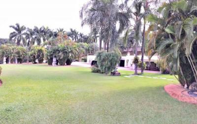 Casa de 1.000,00m²,  à venda