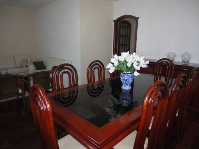 Casa de 386,00m²,  à venda