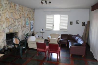 Casa de 361,00m²,  à venda