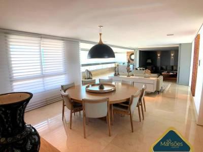 Apartamento de 305,14m²,  à venda