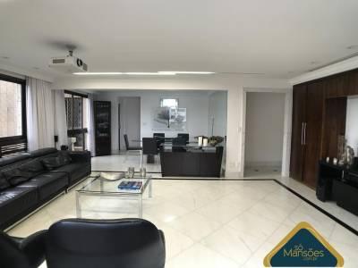 Apartamento de 196,26m²,  à venda