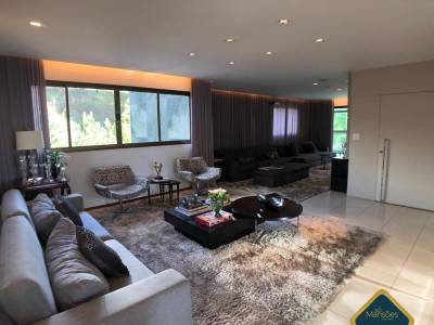 Apartamento de 222,85m²,  à venda