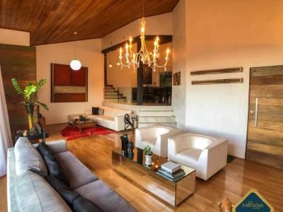 Casa em condomínio de 252,00m²,  à venda