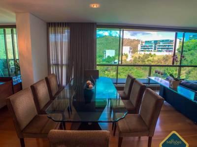Apartamento de 320,00m²,  à venda
