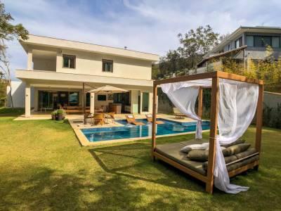 Casa em condomínio de 517,00m²,  à venda