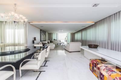 Apartamento de 325,00m²,  para alugar
