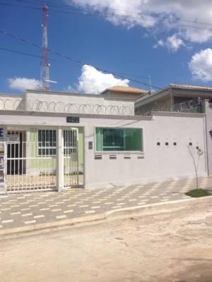 Casa em condomínio de 65,00m²,  à venda