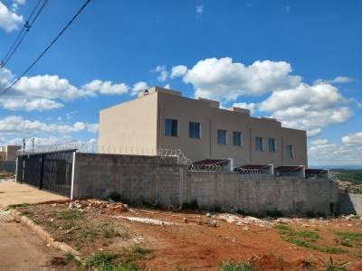 Casa em condomínio de 93,00m²,  à venda