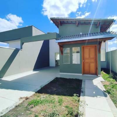 Casa de 114,00m²,  à venda