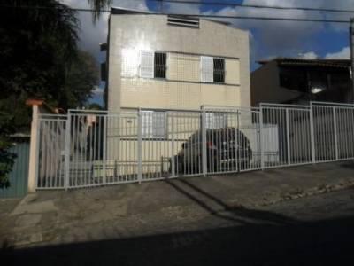 Área privativa de 86,30m²,  à venda