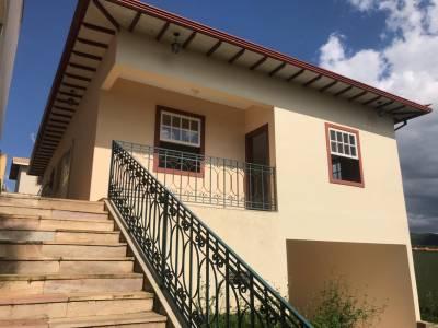 Casa de 135,10m²,  à venda