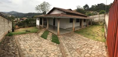 Casa de 238,00m²,  à venda
