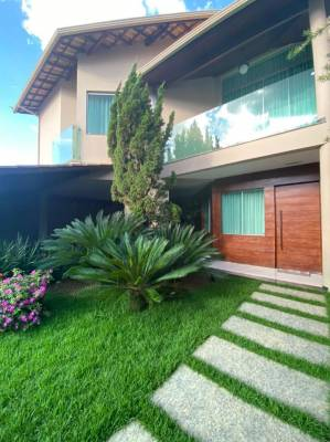Casa de 238,70m²,  à venda