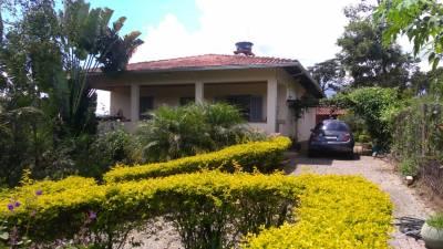 Casa de 160,00m²,  à venda