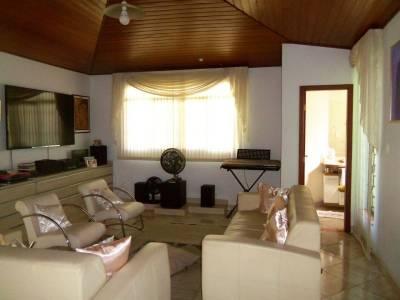 Casa de 257,00m²,  à venda
