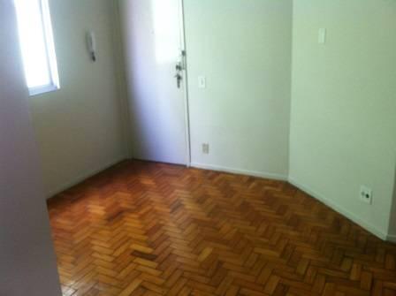 Apartamento   Padre Eustáquio (Belo Horizonte)   R$  800,00