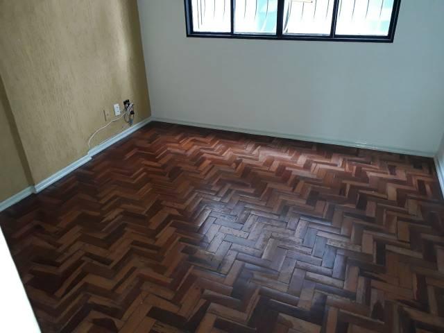 Apartamento   Carlos Prates (Belo Horizonte)   R$  950,00