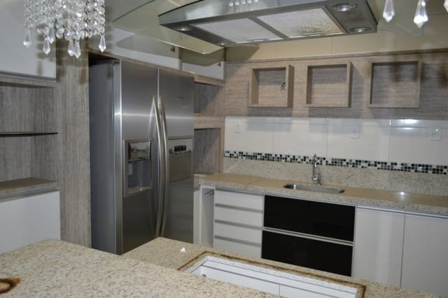Apartamento Duplex   Angélica (Conselheiro Lafaiete)   R$  450.000,00