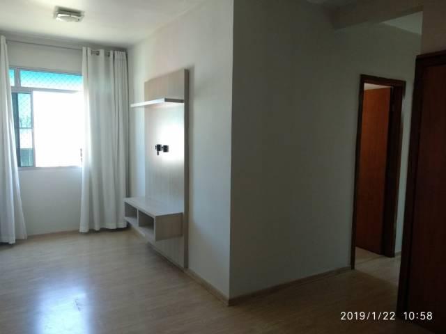 Apartamento   Centro (Contagem)   R$  750,00