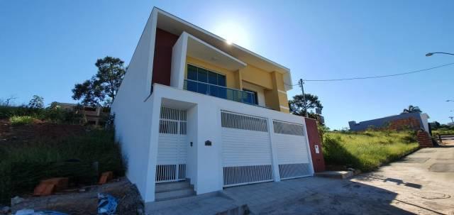 Casa   Belvedere (Oliveira)   R$  420.000,00