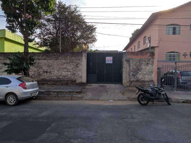 Casa   Santa Terezinha (Belo Horizonte)   R$  1.180,00