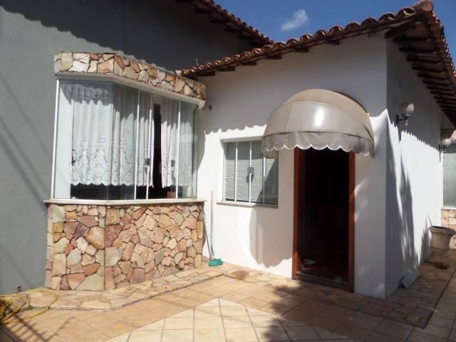 Casa   Interlagos (Divinópolis)    680.000,00