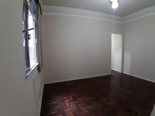 Apartamento   Tijuca (Rio De Janeiro)   R$  1.300,00
