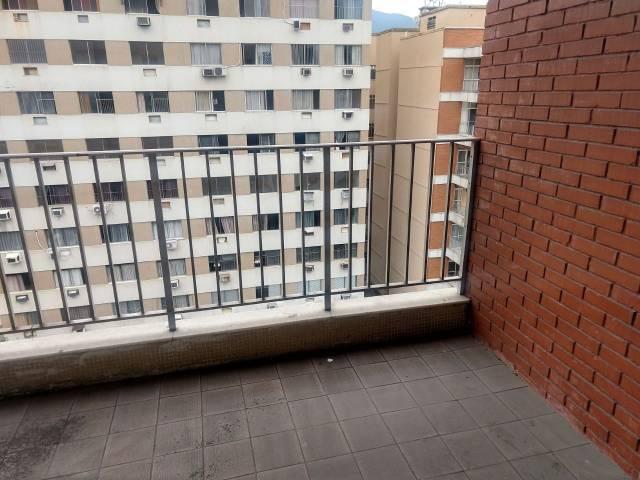 Apartamento   Vila Isabel (Rio De Janeiro)   R$  300.000,00