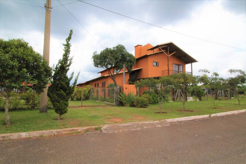 Casa em condomínio de 800,00m²,  à venda