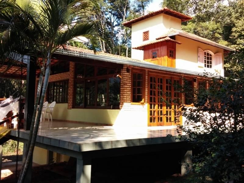 Casa em condomínio de 2.420,00m²,  à venda
