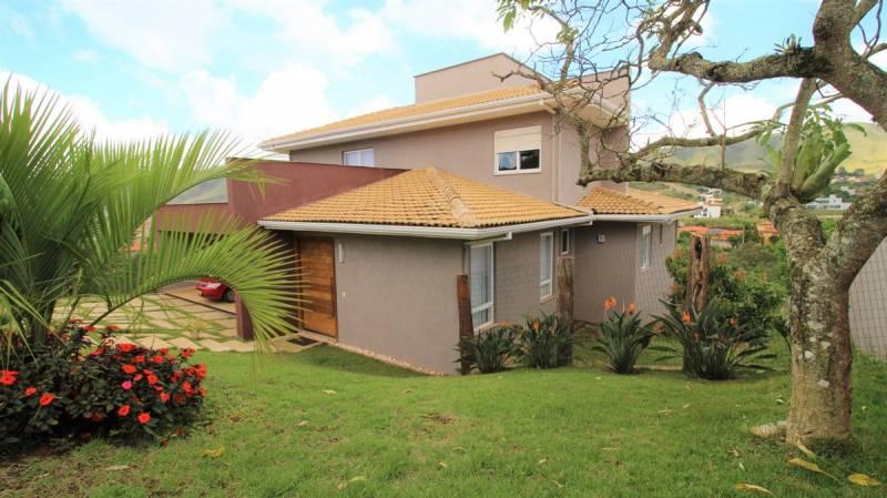 Casa em condomínio de 926,00m²,  à venda