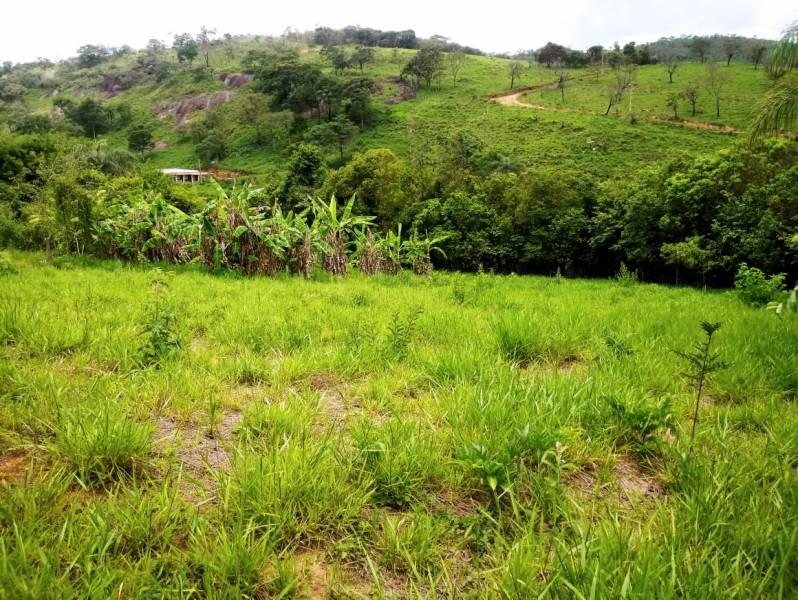 Terreno / Área de 2.000,00m²,  à venda