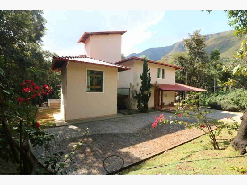 Casa em condomínio de 1.900,00m²,  à venda