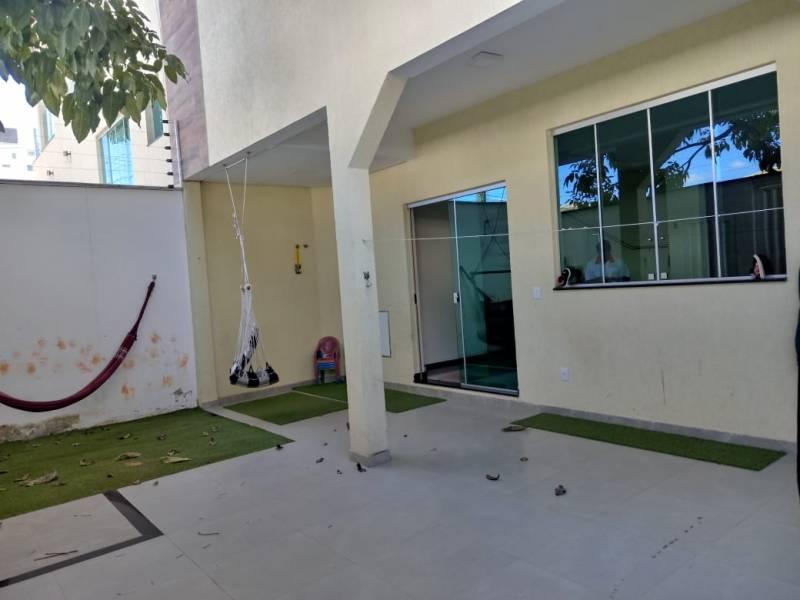 Casa geminada de 192,00m²,  para alugar